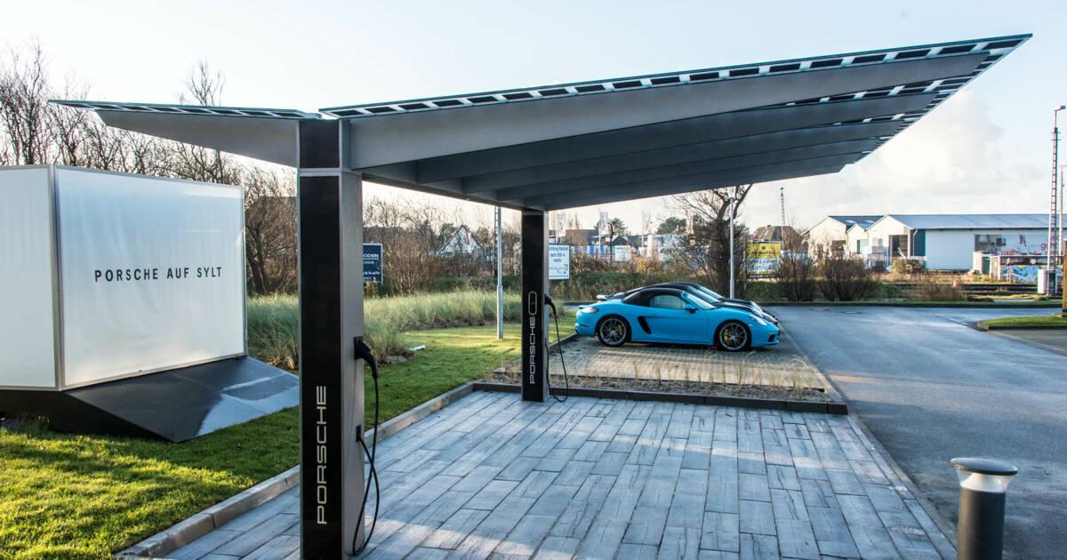 system carport mit integrierter pv anlage f r e und. Black Bedroom Furniture Sets. Home Design Ideas